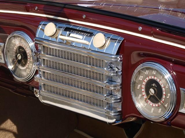 1942-lincoln-continental-cabriolet-radio_100428025_m